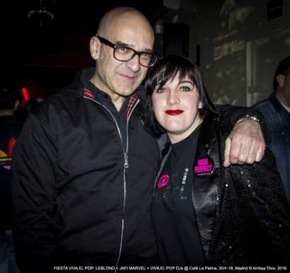 VICTOR COYOTE Y AINHOA TILVE // Fiesta Viva El Pop @ Café La Palma, Madrid, 30-01-16 © Ainhoa Tilve, 2016.